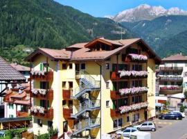 Sport Hotel Sass Maor, hotel in Predazzo