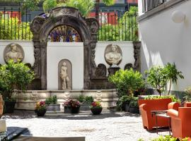 Hotel Piazza Bellini & Apartments, hotel near Museo e Real Bosco di Capodimonte, Naples