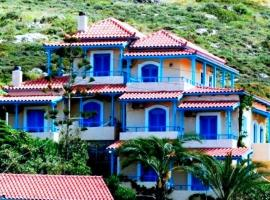Corina Apartments, family hotel in Sitia