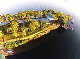Lake Safari Lodge, hotel in Siavonga