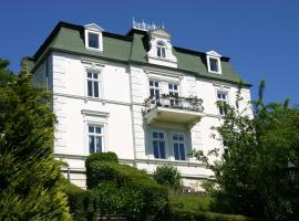 Pension Villa Sophia, guest house in Sassnitz