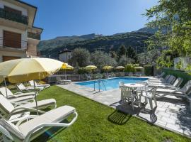 Hotel Garni Ischia, hotel in Malcesine