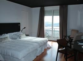 Hotel Arcipreste de Hita - Adults Only, hotel near El Escorial Monastery, Navacerrada