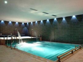 Hotel Bellaria, hotel in Predazzo