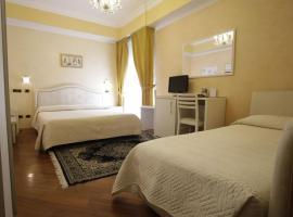 Hotel Vienna Ostenda e Ristorante il Danubio, hotel near Rimini Conference Center, Rimini