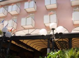 Hotel Vienna Ostenda e Ristorante il Danubio, hotel a Rimini, Marina Centro