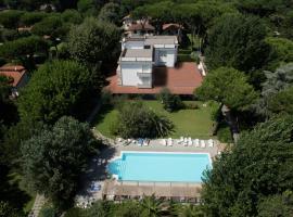 Hotel La Bussola, hotel a Marina di Massa