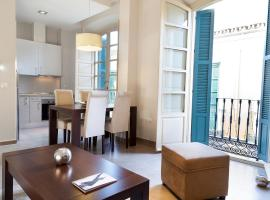 Apartamentos Pinar Malaga Centro, budget hotel in Málaga