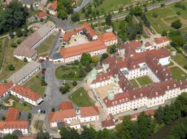 Gästehäuser St. Marienthal, Hotel in der Nähe von: Trixi Park, Marienthal