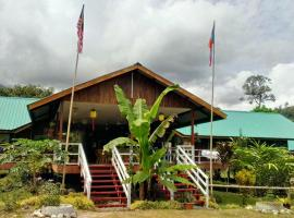 Kinabalu Poring Vacation Lodge, hotel in Kampung Poring