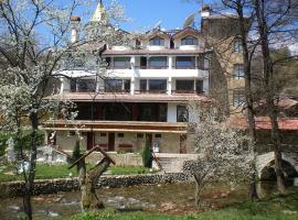 Хотел Райски кът , хотел в Калофер