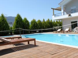 Alkistis Hotel, apartment in Diakopto
