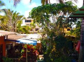 Nelyza's Suites & Adventure, serviced apartment in Puerto Ayora
