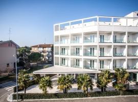Hotel Oceanomare, hotel in Punta Marina