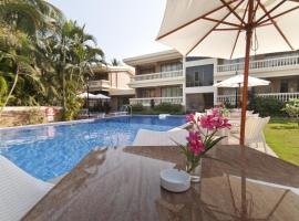 Seashell Beach Suites, hotel with pools in Candolim