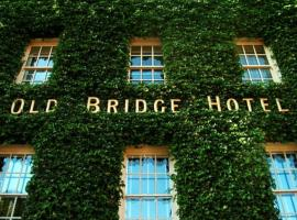 The Old Bridge, hotel in Huntingdon