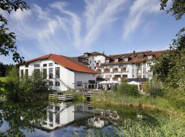 allgäu resort, hotel in zona Aeroporto di Memmingen - FMM, Bad Grönenbach