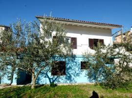 Mon Perin Castrum-Apartment Floris, apartment in Bale