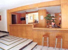 Hotel Iris, hotel em Benidorm