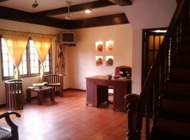 Raintree Lodge, hotel in Cochin