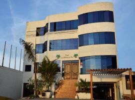 Qallwa Asia, beach hotel in Asia