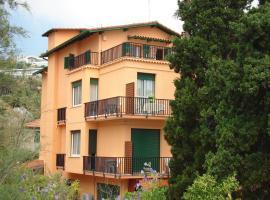 Hotel Lora, hotell i Bordighera