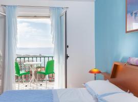 Villa Rosa, room in Makarska