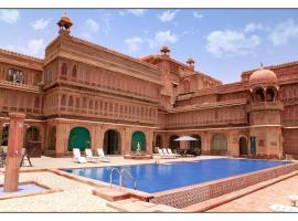 The Laxmi Niwas Palace, family hotel in Bikaner
