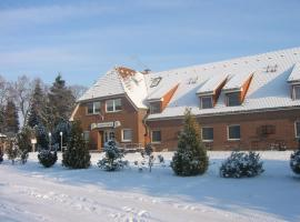 Landhotel Auerose Garni, hotell i Neu Kosenow