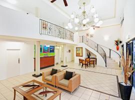 Cairns Queens Court, motel in Cairns