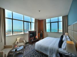 Ramada Abu Dhabi Corniche, hotel in Abu Dhabi