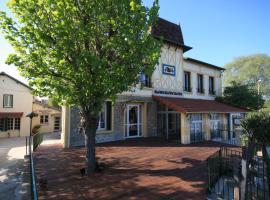 Auberge des Écluses, hotel near Saint-Germain Golf Course, Carrières-sous-Poissy