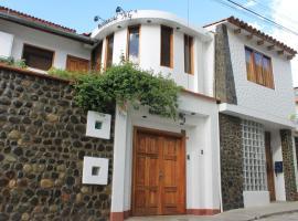 Residencial NG, guest house in Huaraz