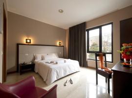 Oasi Village Hotel, hotel a Milano, Città Studi