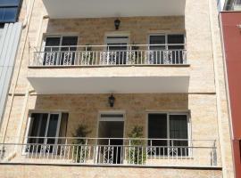 Άδωνις, ξενοδοχείο κοντά σε Λιμάνι του Πειραιά, Πειραιάς