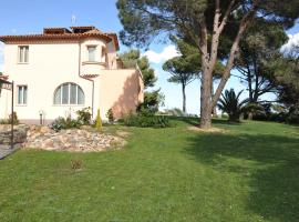 Villa Angelina Jardin, hotel near Beauvallon Golf, Grimaud