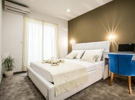 Holiday Apartments & Rooms, hotel in Split