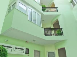 Greta Apartments, serviced apartment in Hersonissos