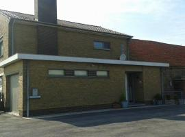 Holiday Home 't Zuidwesterke, hotel in Veurne