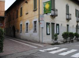 Hotel Sole, hotel in Sesto Calende