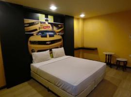 Newyork Suite Hotel, hotel in Bangkok