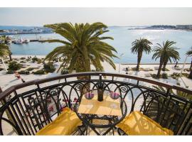 Riva Royal View Luxury Apartments, hotel in Split