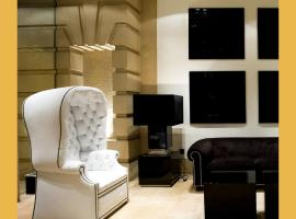 Hotel Clarin, hotel en Oviedo