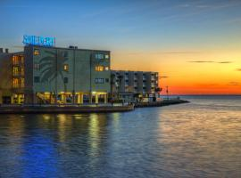 Sailport Waterfront Suites, hotel in Tampa