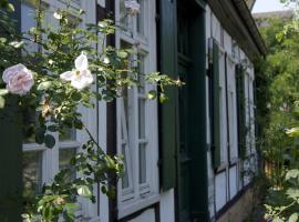 Rosindell cottage, hotel near Gerry Weber Stadion, Halle Westfalen