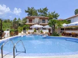 Enalion Hotel, serviced apartment in Kala Nera