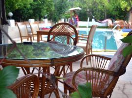Ipek Hotel Camyuva, отель в Кеме