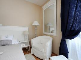 Tinel Rooms Old City Center, hotel in Zadar