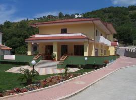 Real Asturias Hotel, hotel in Acquappesa