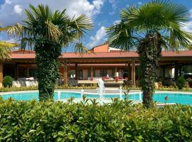 Hotel Villa d'Evoli, hotel a Castropignano